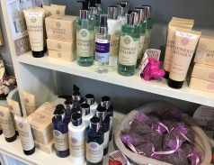 Cotswold Lavender toiletries
