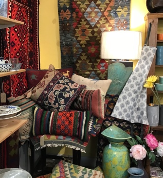 Kilim rugs and cushions