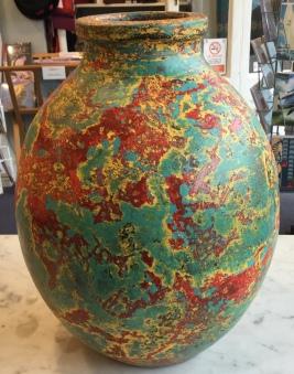 Striking patterned vase 30cm tall